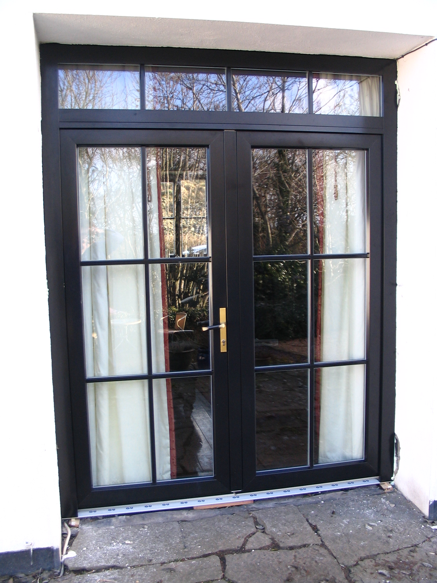 Aluclad euro french and single doors megrame for Single door french doors