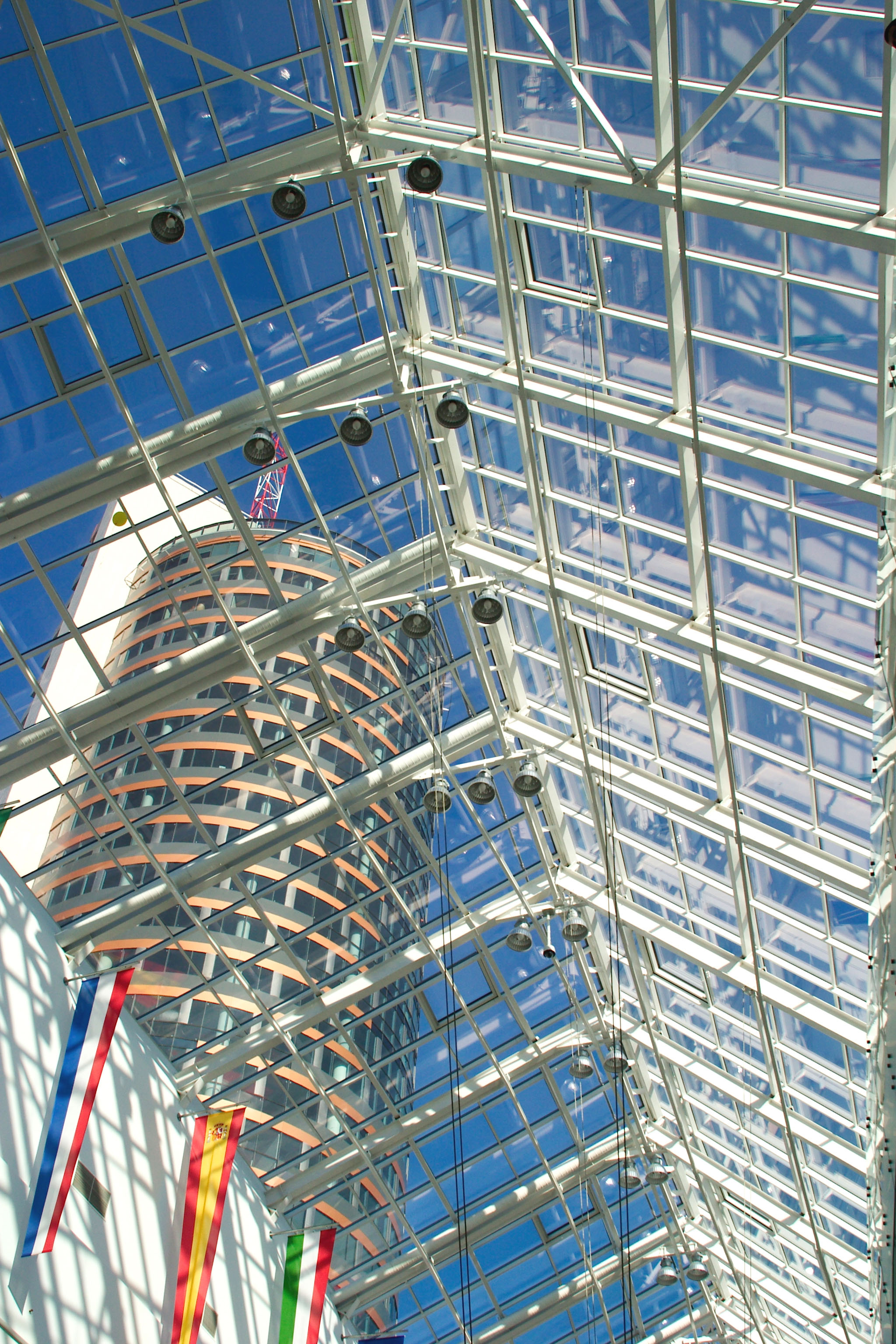 Europa shopping centre, glass-aluminium roof